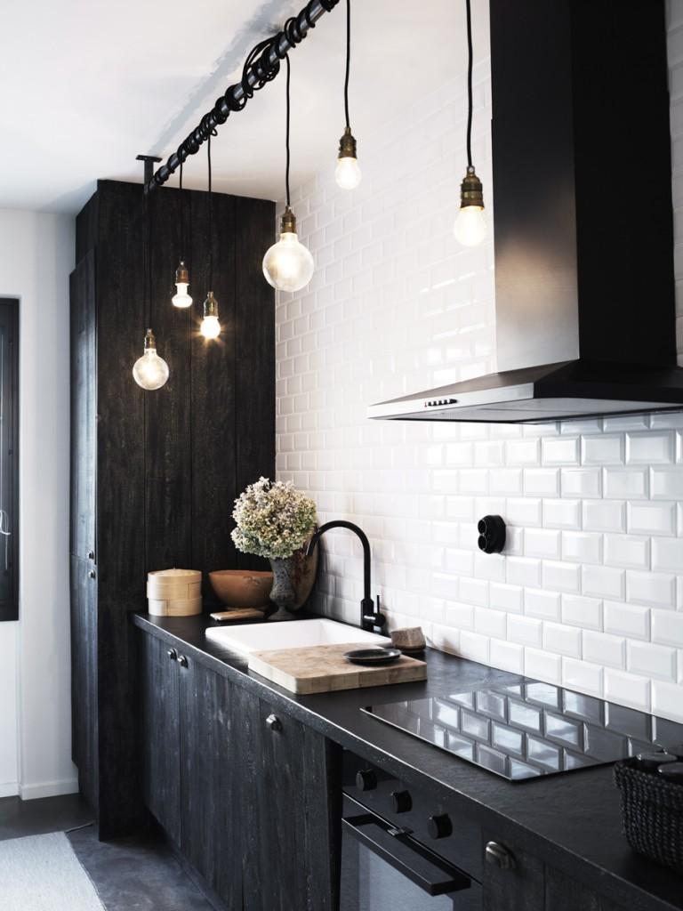 Cuisine Noire Carrelage Metro Blanc Pour Look Industriel Aventuredeco Jessica Venancio