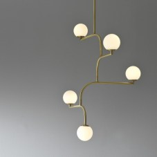 Des luminaires en laiton dans mon intérieur - Aventure Déco