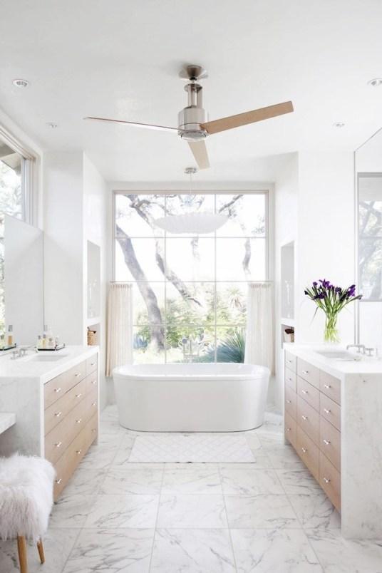 Une baignoire îlot dans ma salle de bain – Aventure Déco