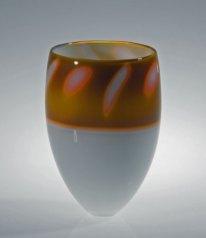 """Peter Bremers, """"Badangola 31"""", 1998, N.W., graal techniek, 23x16x16 cm."""
