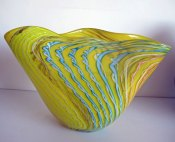 "Melvin Anderson, ""Yellow Shell"", 2014 Van Tetterode Amsterdam, hoog 32, breed 50 cm."