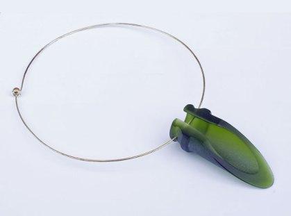 Nataliya Vladychko, 'Glazen hanger', gerecycled glas.
