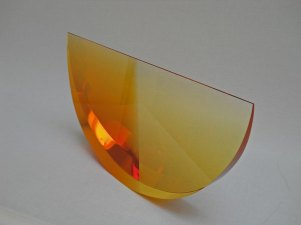 """""""Schijf Geel Groot"""", optisch kristal, 41x21x4 cm."""