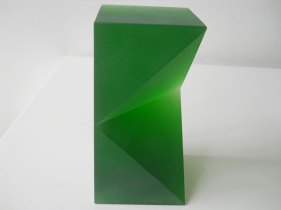"""Venster"", Massief Groen, optisch kristal, 7 x 14,5 x 7 cm."