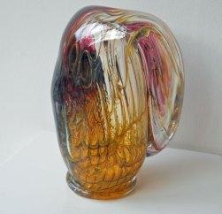Glassculptuur Nr. 2718 - door metaal geblazen glas, 23 x 29 cm.