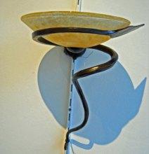 Wandlamp Art Deco stijl - glas en bronzen voet.