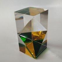 Optisch kristal, Venster geel-groen, 15,5x7,5x7,5cm.