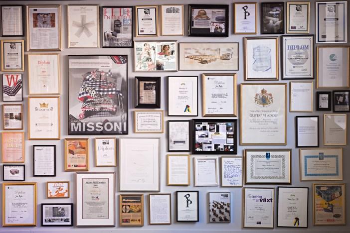 marca-diplomas-pared