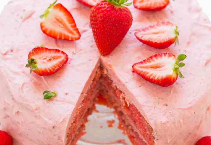 Strawberry Layer Cake With Strawberry Frosting Averie Cooks