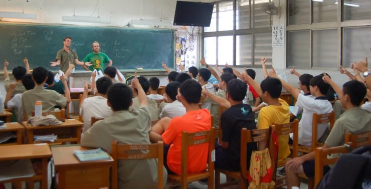 Tainan First Senior High School Teaching English Successfully