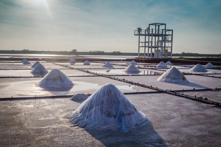 Taiwan Tainan Jingzaijiao sea salt fields 井仔腳瓦盤鹽田