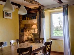 Salle à manger gîte de charme en Aveyron