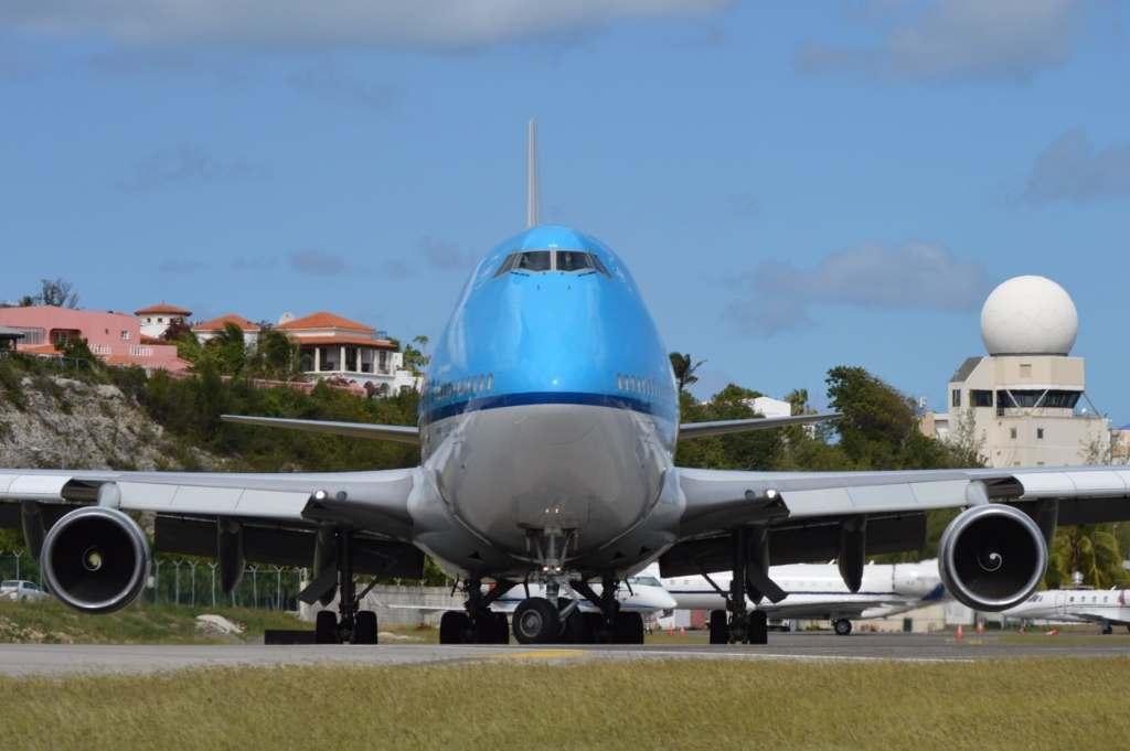Queen of the Skies prepares for departure.