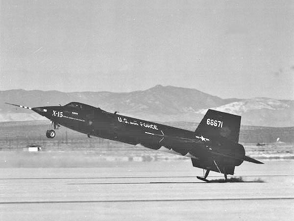 NorthAmericanX-15600 touchdown