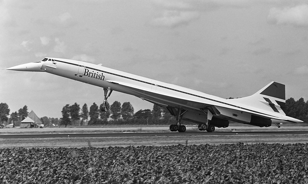 Why Did The Concorde Lower Its Nose On Approaches