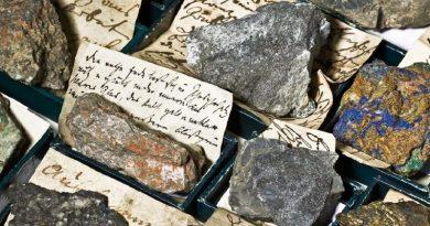 """12.05.2020, Wiedereröffnung der Ausstellung:  """"Ein langdauernder Werth"""". Humboldts Mineral- und Gesteinssammlungen im Museum für Naturkunde"""