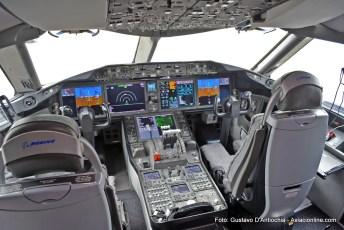 Boeing 787-8 C-GHQQ de Air Canada en Ezeiza.