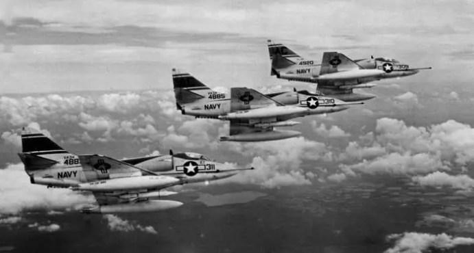 skyhawk a-4