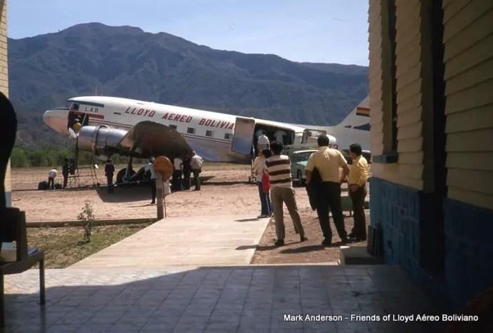 Douglas DC-3 CP-573 de LAB , año 1972