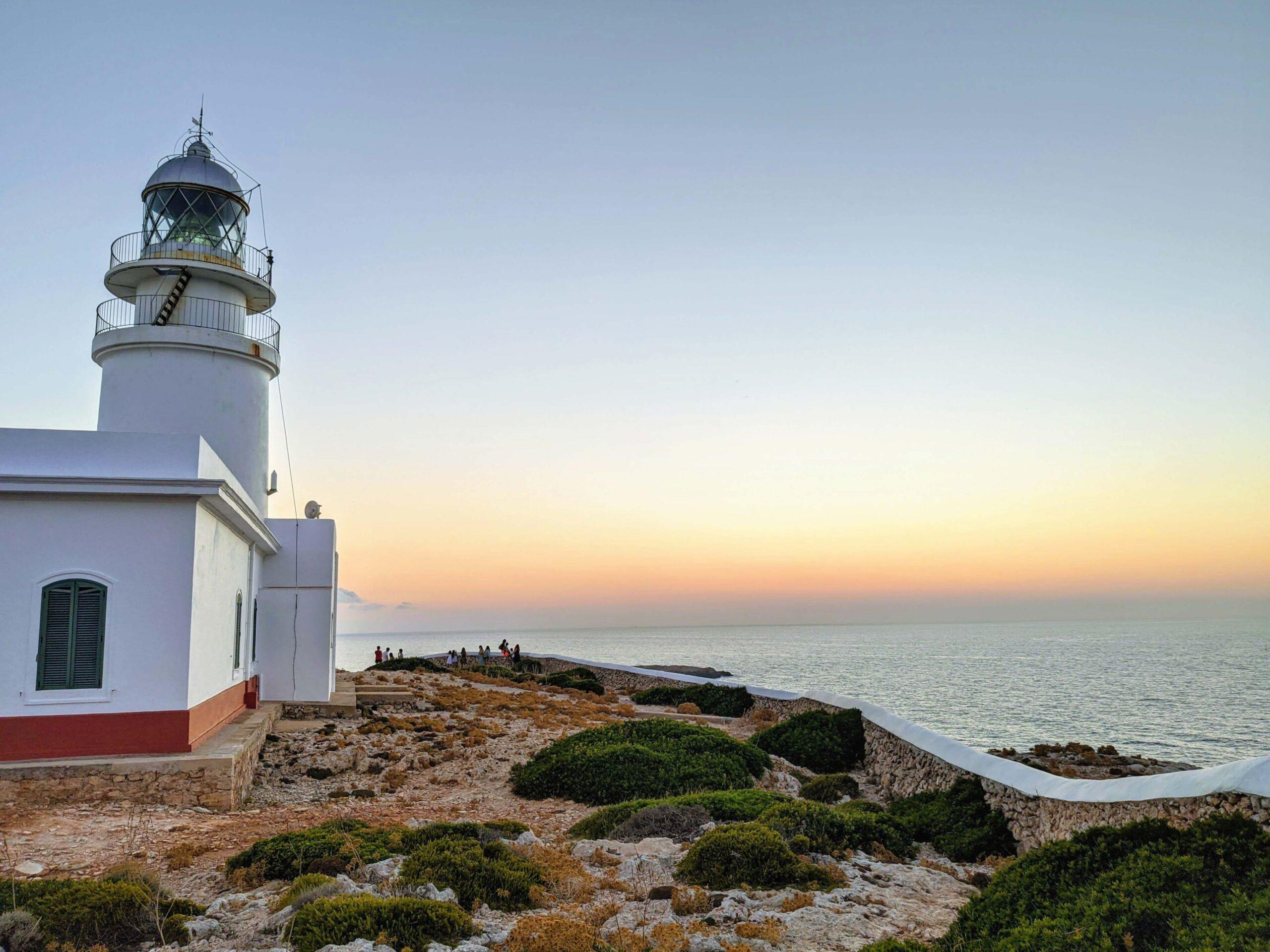 Faro de Cavallería, Menorca - www.aviajara.com