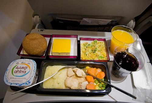 Питание в эконом-классе на рейсе Qatar Airways Доха-Киев