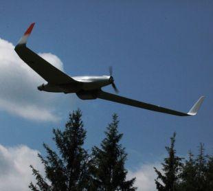 Hirrus UAV in zbor