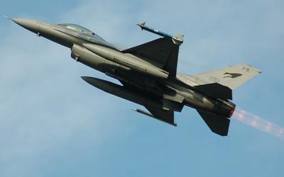 f16 viper in aeronautica militare italiana