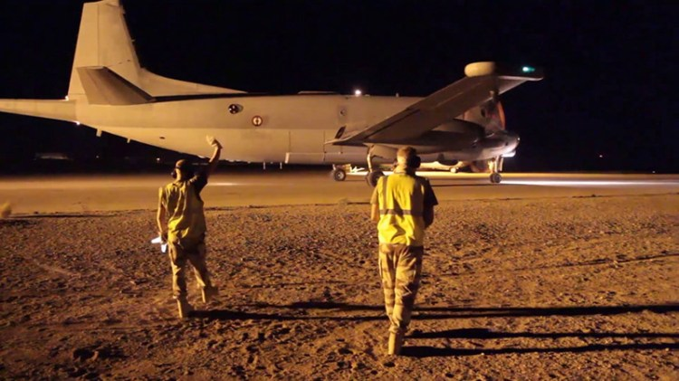 francia attacca isis in siria