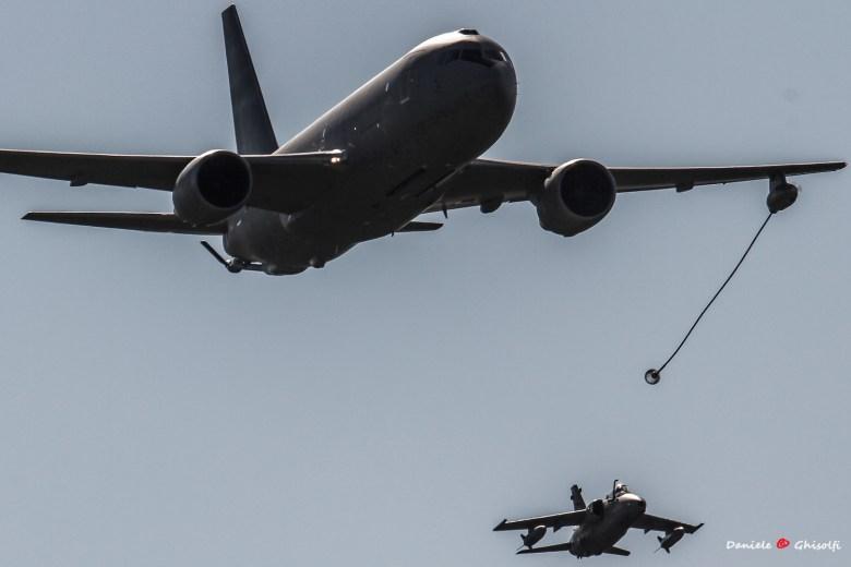 rifornimento in volo kc-767 e amx