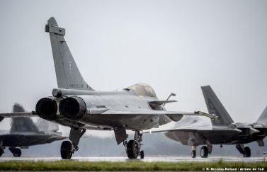 avions-de-coalition-au-decollage