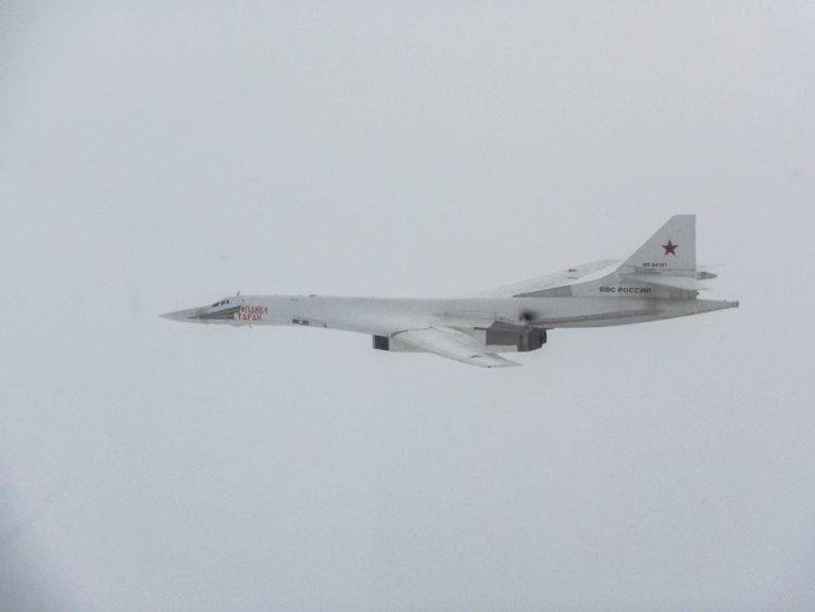 eurofighter typhoon inglesi intercettano i tu-160 blackjack russi