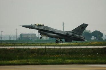 F-16 Fighting Falcon aeronautica militare