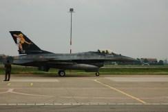 F-16 special color con la diana sul petto