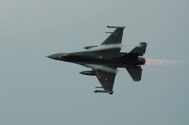 F-16 Viper aeronautica militare