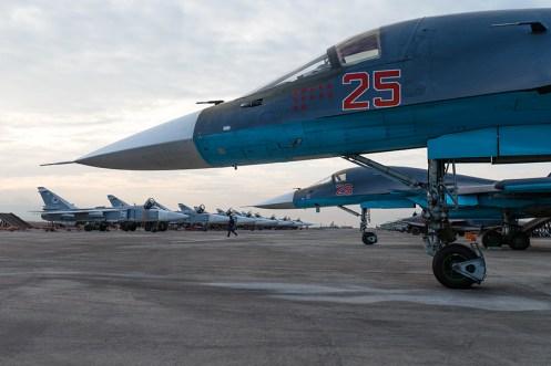 caccia bombardiere Sukhoi SU-34 Fullback