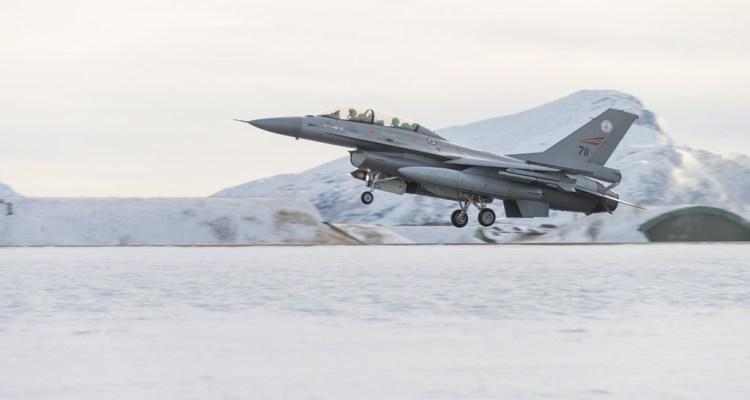 F-16 Royal Norwegian Air Force Cold Response 2016