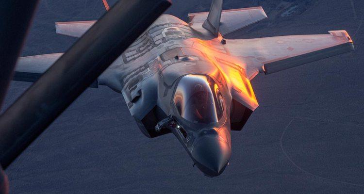 usaf f-35 rifornimento in volo