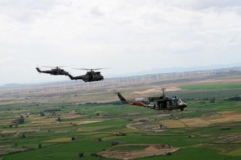 ELICOTTERI IN FORMAZIONE CON HH212 ITAF, PUMA HC-2 RAF, MV24V HIND CAF