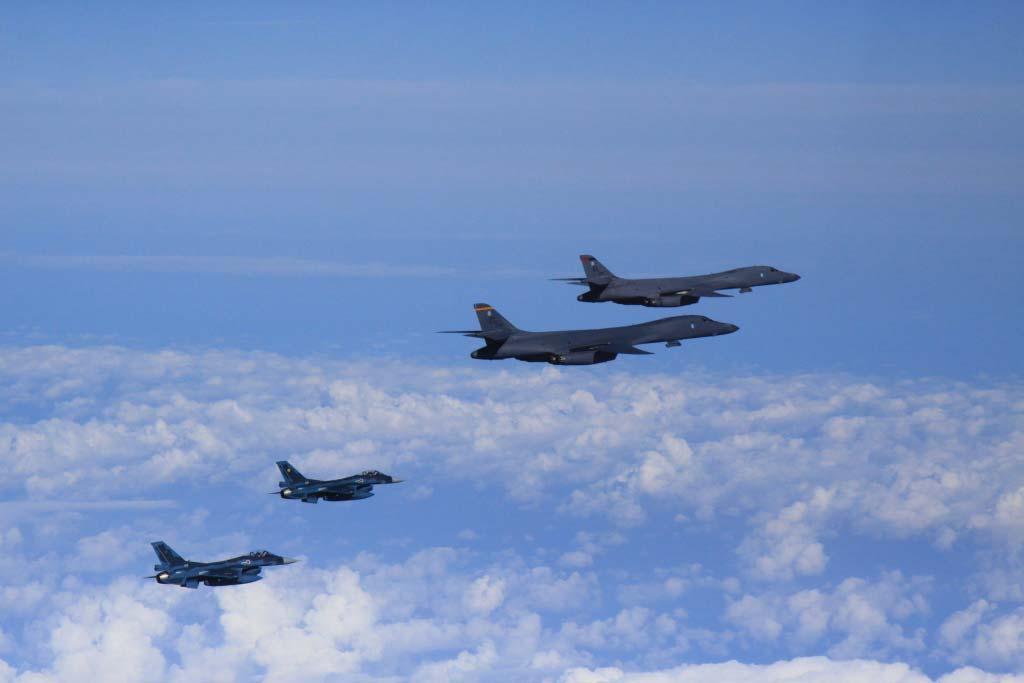 bombardieri strategici b-1
