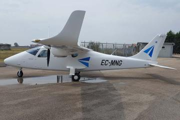 European Aviation School barcellona Tecnam P2006T