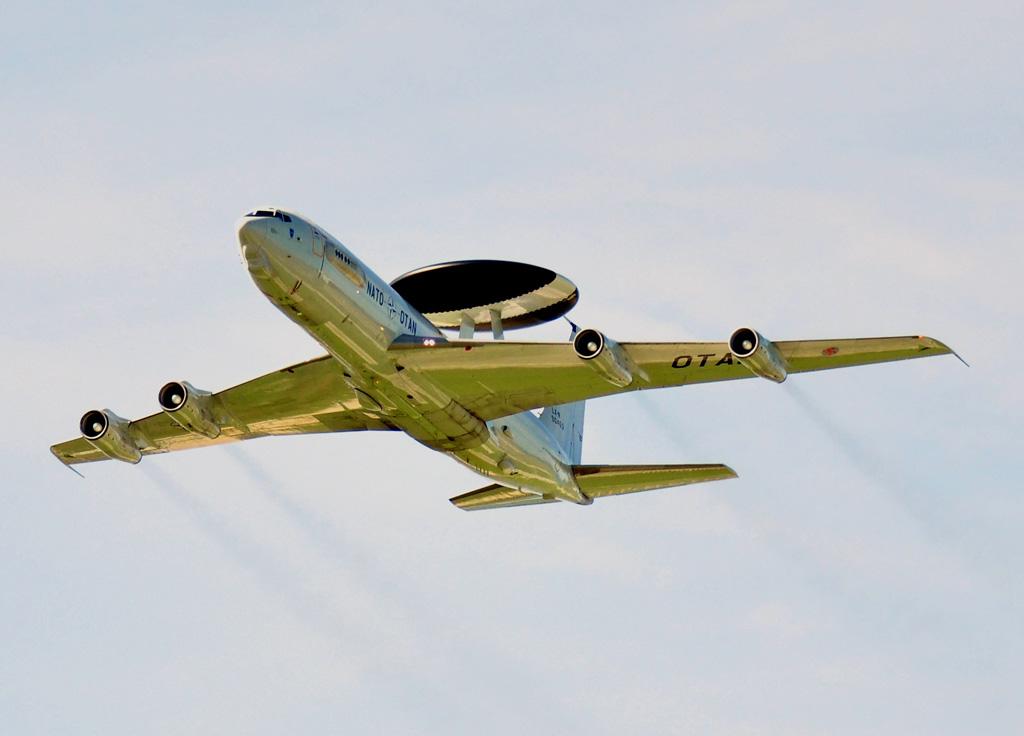 foto di E-3 Awacs della NATO