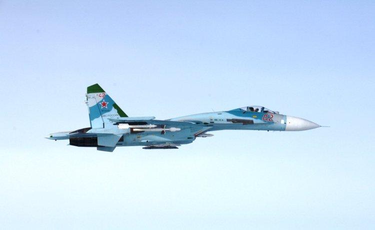 Su-27 russi sul Golfo di Finlandia