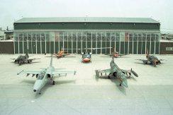 F-104-(16)