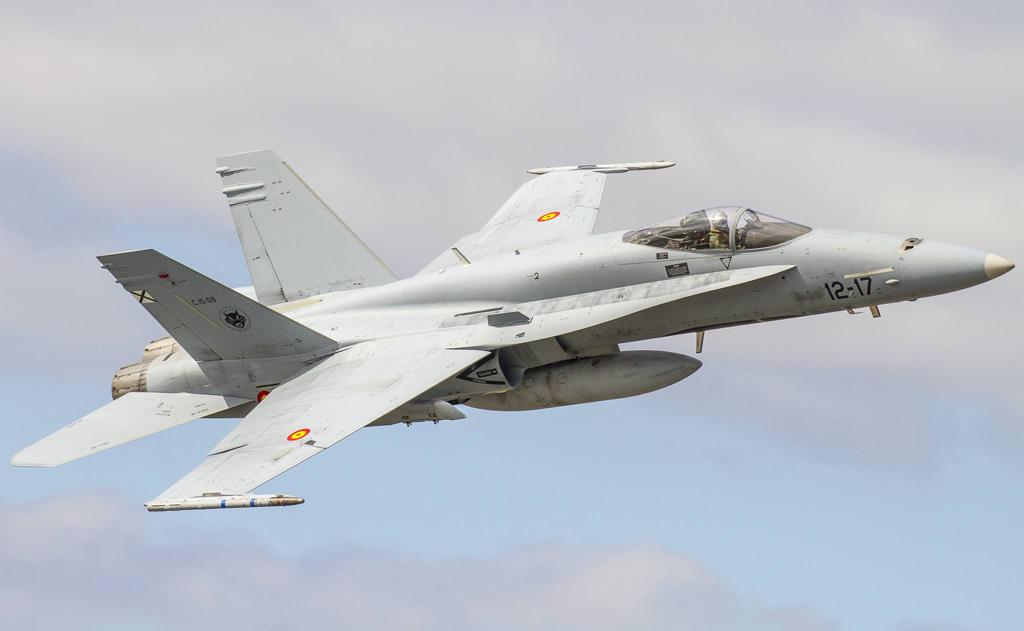 F-18 Hornet Ejercito del Aire sorvolo
