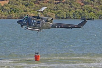 HH-212 elicottero antincendio aeronautica militare