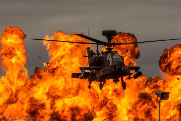 elicottero da combattimento Apache