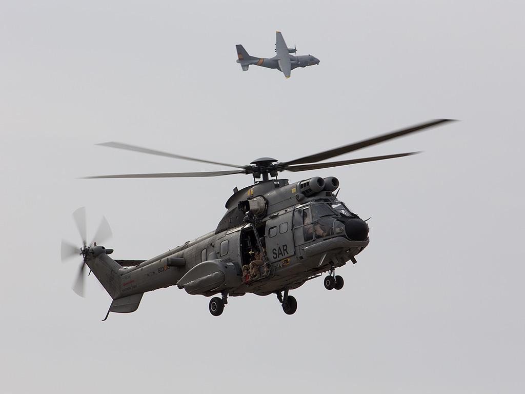 Super Puma e CN-235 Vigma Ejercito del Aire Ala 48