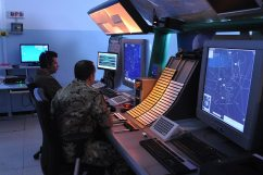 Operatori-in-sala-radar-di-Sigonella-(2)