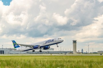 First-JetBlue-A321-sustainable-jet-fuel-blend-
