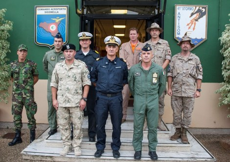 Sigonella visita Forca Commander Eunavformed CA Turchetto (1)